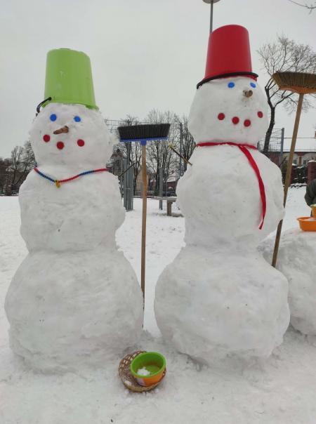 Zima, zima, zima, pada, pada śnieg…